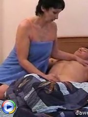 Mature pussy sure knows how to deal with a hard cock in the bedroom