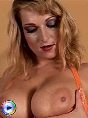 Big titty milf spreads open her pink butterfly