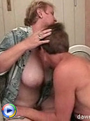 Young dick helps a horny cougar with some hardcore ass drilling