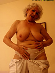 Horny grandma sucking fresh pussy