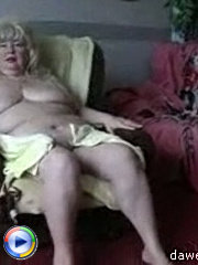 Horny granny gets on her four and enjoys a wild hardcore fuck