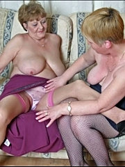 Two old grannies in lesbian action
